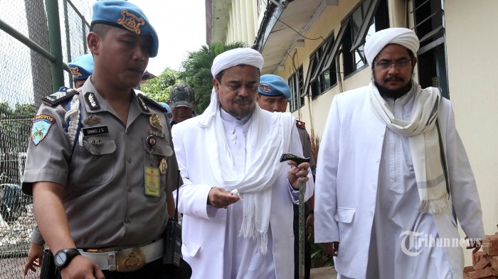 Habib Rizieq Shihab Minta Penyelesaian Kasusnya Secara Kekeluargaan dengan Mediasi Polisi