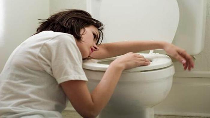 Dehidrasi Saat Puasa Bisa Picu Diare, Apa yang Mesti Dilakukan Bila Mengalaminya?