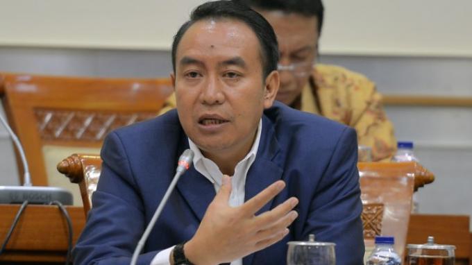 Anggota Komisi III DPR Kritik Pelibatan Preman dalam Protokol Covid-19