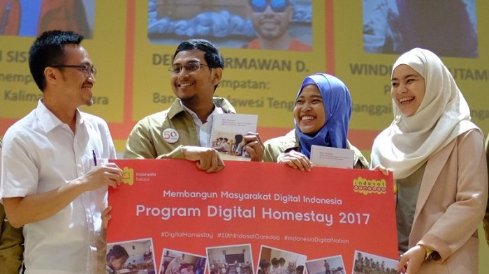 Indosat Lepas Relawan Peserta Digital Homestay 2017 ke Lima Lokasi Terpencil