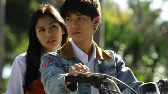 Permintaan Maaf Iqbaal Ramadhan Saat Promo Film MILEA di KRL Jakarta yang Berakhir Gaduh
