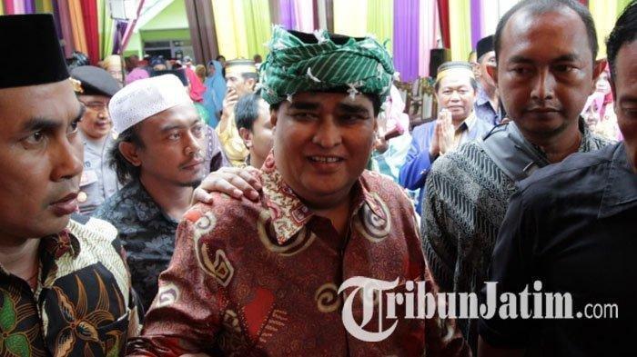 Dimas Kanjeng Pulang ke Padepokan Hadiri Pesta Pernikahan Anaknya