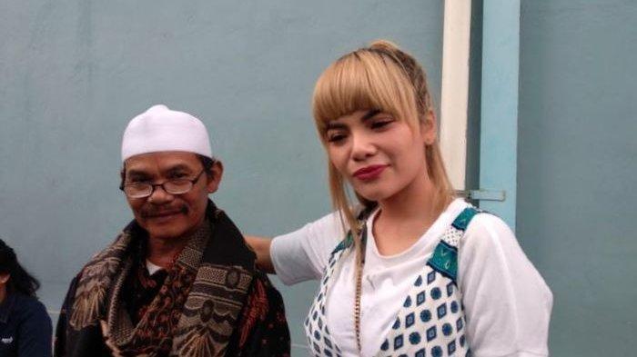 Dinar Candy dan ayahnya