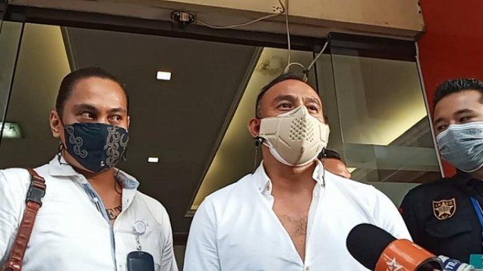 Dipo Latief didampingi Kuasa Hukum di Polres Jakarta Selatan, Selasa (7/9/2021).
