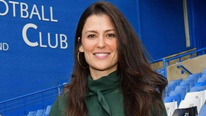 Direktur Chelsea, Marina Granovskai membuat rencana khusus untuk memikat gelandang AC Milan, Franck Kessie ke Stamford Bridge pada jendela transfer musim panas mendatang.