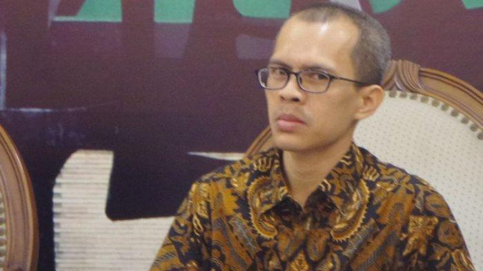 Direktur Eksekutif Indonesia Political Review, Ujang Komarudin di Kompleks Parlemen, Senayan, Jakarta, Selasa (1/8/2017).