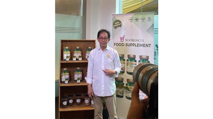 Direktur Sido Muncul, Irwan Hidayat saat peluncuran ketujuh produk tersebut di Kantor Sido Muncul, Jakarta Selatan, Kamis (20/2/2020) siang.