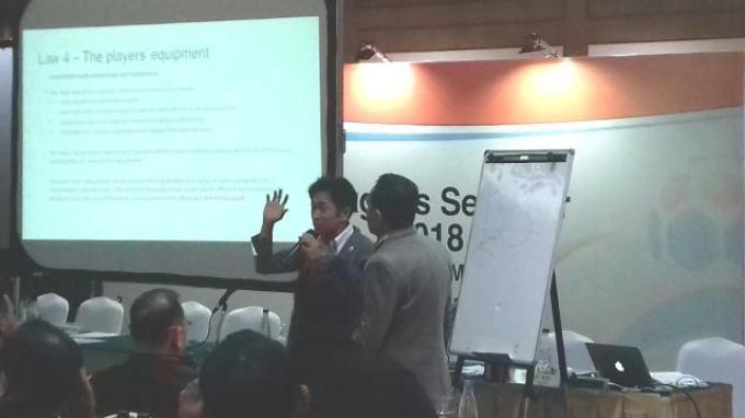 Direktur Teknik Wasit PSSI, Toshiyuki Nagi Berikan Seminar Tentang Wasit di Acara Team Manager's