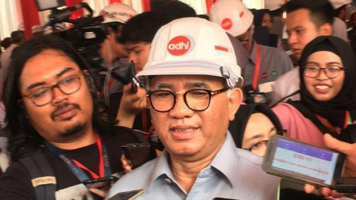 Bos Adhi Karya Estimasi Jalur LRT Cibubur-Bogor Kelar Tiga Tahun