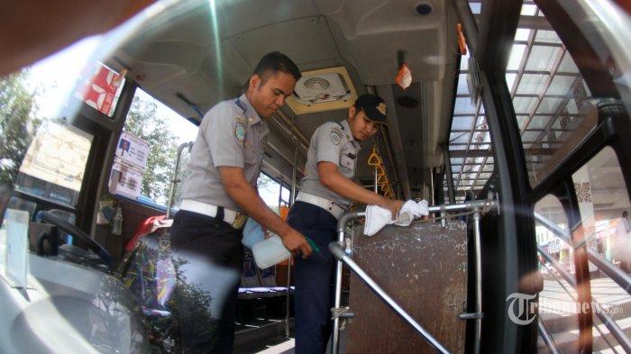 Mulai Besok, TransJakarta Setop Layani Transaksi Tunai di Halte