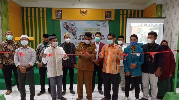 Diramaikan Dai Kondang Hingga Komika Nasional, 20 Ribu Alquran Disalurkan ke Aceh