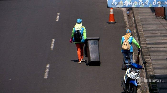 Pemprov DKI Tetap Siagakan 2.500 Petugas Kebersihan di Malam Takbiran dan Lebaran Besok