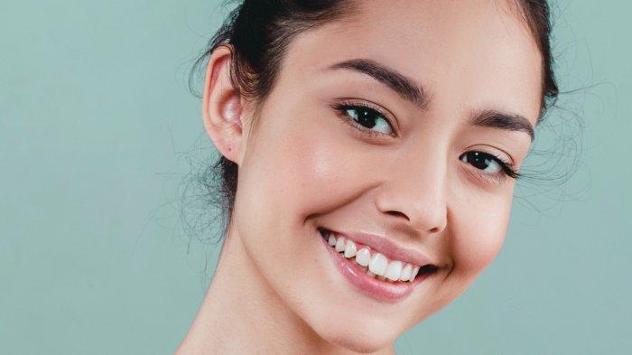 5 Rahasia Kulit Lebih Glowing Tanpa Make Up di Tahun 2020