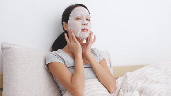 Ingin Kulit Glowing? Jangan Buang Sisa Essence Sheet Mask, Begini Cara Pakai dan Menyimpannya