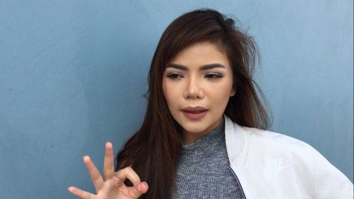 Diserang Fans Chand Kelvin yang Mengaku Hamil Besar, Dinar Candy Angkat Bicara
