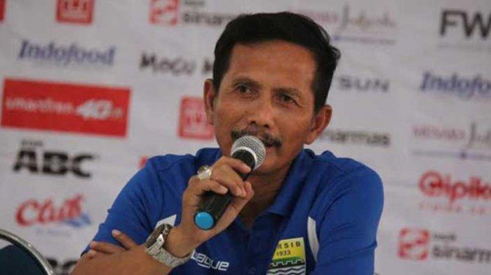 Djadjang Nurdjaman Sebut Pemain Persib Bandung Tidak Disiplin
