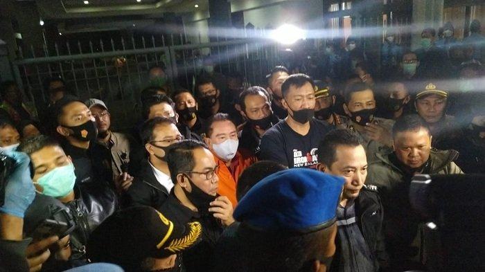 Buronan korupsi hak tagih (Cessie) Bank Bali, Djoko Tjandra tiba di Bandara Halim Perdanakusuma, Jakarta Timur, Kamis (30/7/2020).