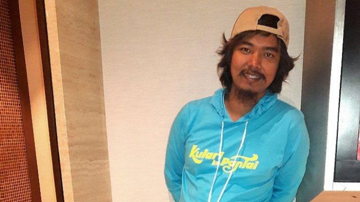 Dodit Mulyanto Bertemu Suami Shandy Aulia di Gala Premier Film Cinta Itu Buta