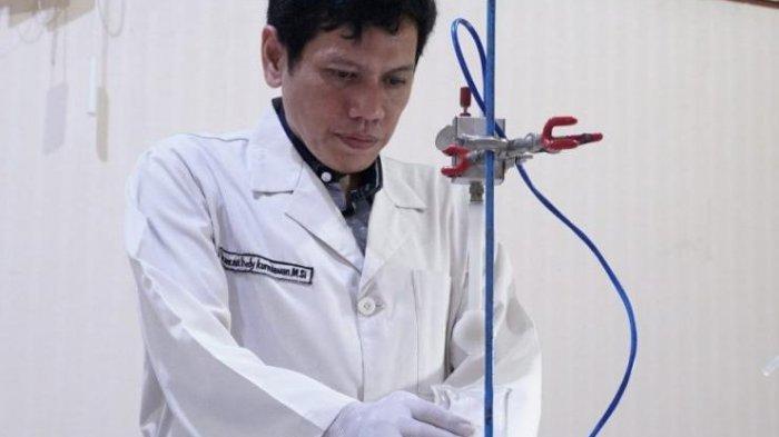 Prof Dr rer nat Fredy Kurniawan MSi, guru besar Institut Teknologi Sepuluh Nopember (ITS)