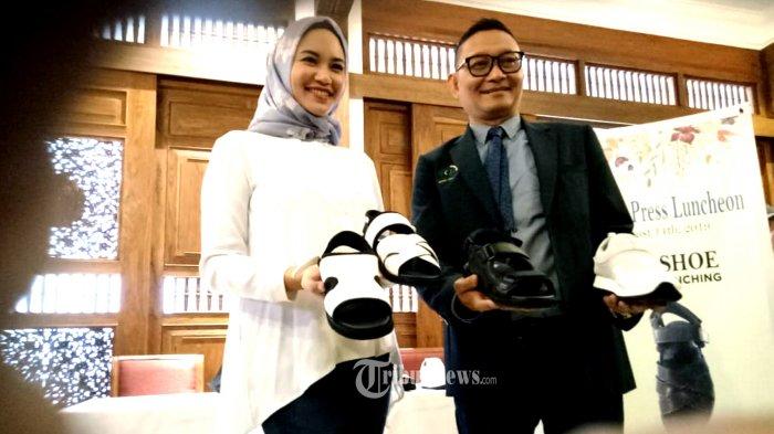 Dokter Syarief Luncurkan Sepatu SHL Khusus Jamaah Haji.