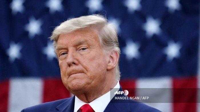Trump Gerakkan Massa Capitol Lewat Cuitan, Kini Twitternya Diblokir dan Terancam Dibekukan Selamanya