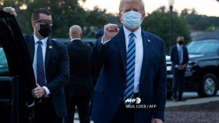 Kerap Ragukan Efektivitasnya, Trump Kampanyekan Masker di Depan Pendukungnya yang Tak Pakai Masker