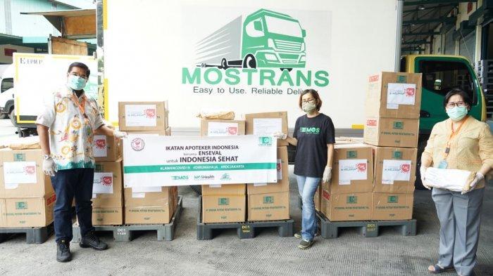 Enseval Bantu Distribusikan Peralatan Kesehatan dari IAI untuk Para Apoteker