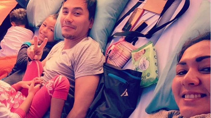 Tips Parenting dari Donna Agnesia dan Darius, Anak Multilingual
