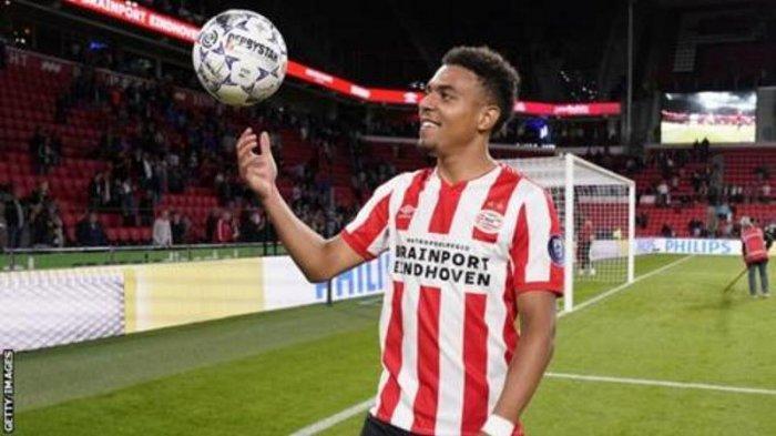PSV Eindhoven Kalahkan Vitesse 5-0, Donyell Malen Borong Kelima Gol Eindhoven