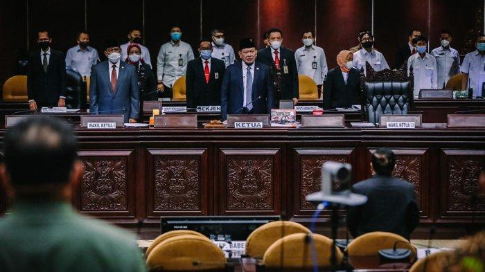 Gelar Sidang Paripurna, DPD RI Bahas Isu di Daerah dan Nasional