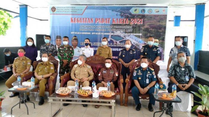 Program Padat Karya Kemenhub Wujud Sinergitas DPD di Pelabuhan Amurang, Bupati Minsel Beri Apresiasi
