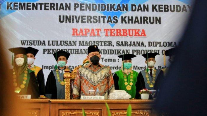 Hadiri Sidang Terbuka Unkhair, Ketua DPD RI Sampaikan Pentingnya Pembangunan SDM