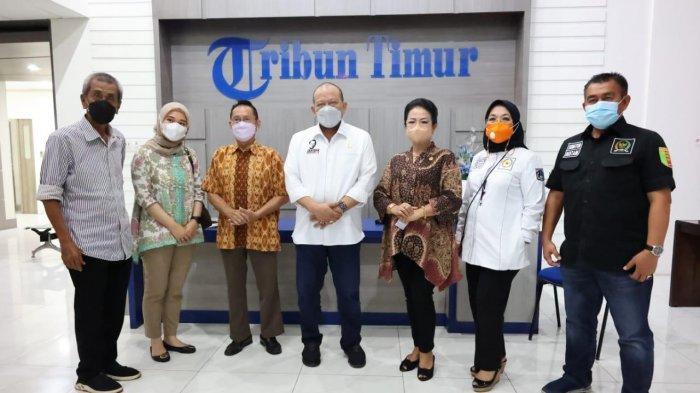 Kunjungi Tribun Timur, Ketua DPD RI Dorong Pembangunan Stadion PSM