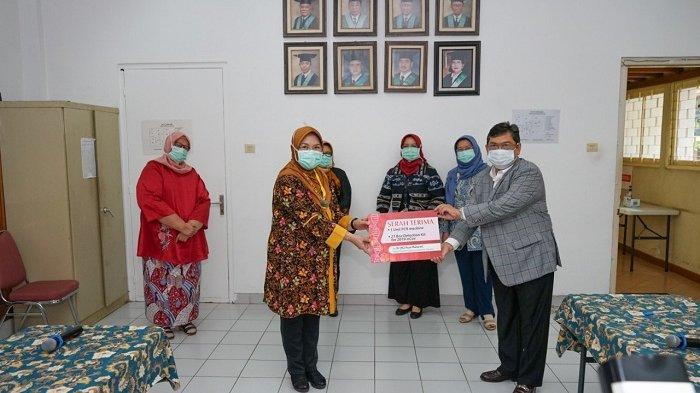 Serahkan Bantuan PCR, Puan Maharani Berharap Tes Corona Makin Cepat dan Akurat