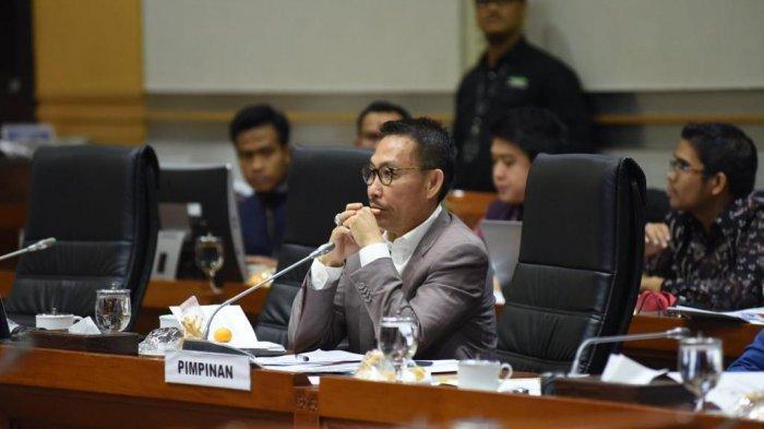 Ketua Komisi III Minta Polri Evaluasi Penggunaan Senjata dan Alat Peledak