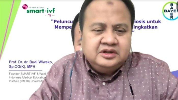 Dokter Pendiri SMART IVF dan Wakil Direktur Indonesia Medical Education and Research Institute (IMERI) Universitas Indonesia, Prof. Dr. dr. Budi Wiweko, SpOG (K), MPH, dalam webinar yang digelar Senin (14/6/2021).