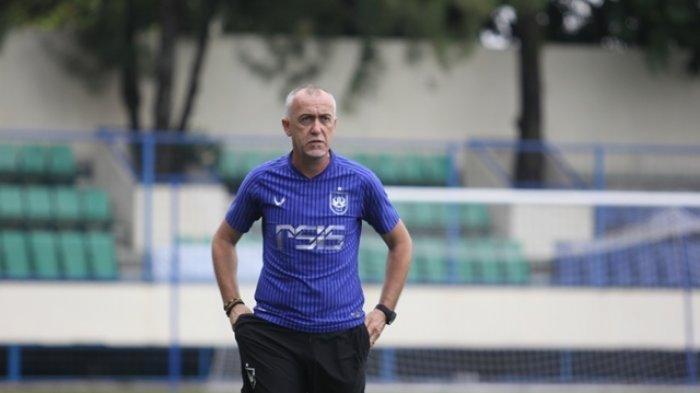 PSIS Semarang Belum Bisa Agendakan Program Jelang Liga 1 kata Dragan Djukanovic