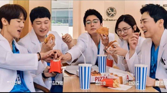 Drama Korea Hospital Playlist 2 episode lima
