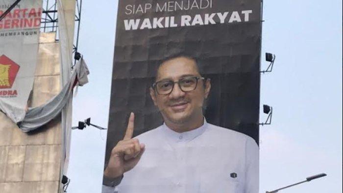 Heboh Foto Andre Taulany di Billboard Siap Jadi Wakil Rakyat, Ada Bisnis Konsep Sedekah di Baliknya