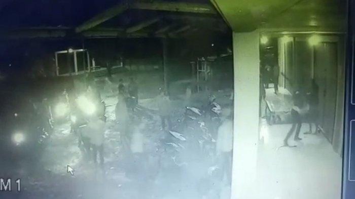 Gerombolan Pembacok di Sukabumi Saat Malam Tahun Baru Tertangkap CCTV, Kini Jadi Buruan Polisi