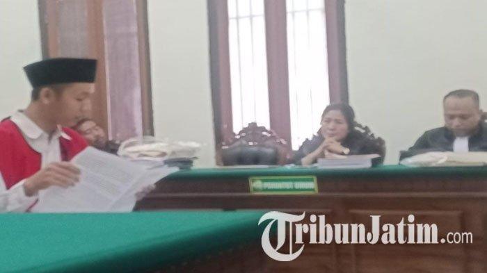 Dua Terdakwa Kasus Kerusuhan di Asrama Papua Surabaya Minta Dibebaskan