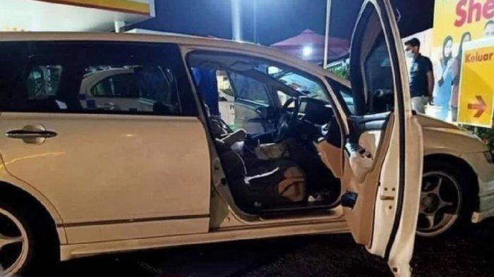 Dua Mahasiswi Tewas Setelah Tidur di Dalam Mobil Berhenti dengan Mesin dan AC Menyala