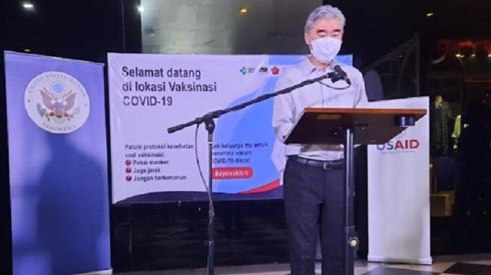 Dubes AS Tinjau Proses Penyuntikan Vaksin Pfizer di Cilandak Town Square