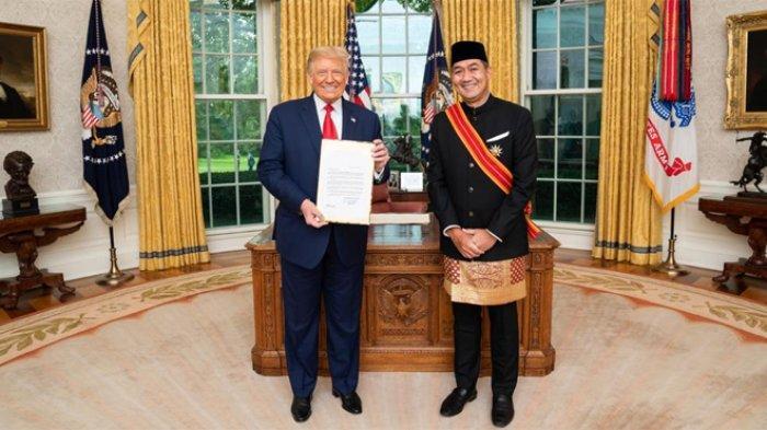 Dubes M Lutfi Serahkan Surat-surat Kepercayaan kepada Donald Trump