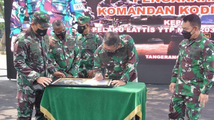 Pangdam Jaya dan Danrem 052/WKR Sambut Kunjungan kerja Dan Kodiklat TNI AD di Tangerang