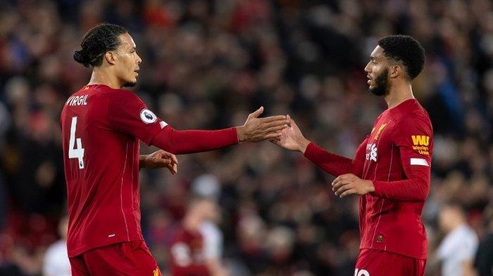 Duet andalan Liverpool di sektor pertahanan, Van Dijk dan Joe Gomez
