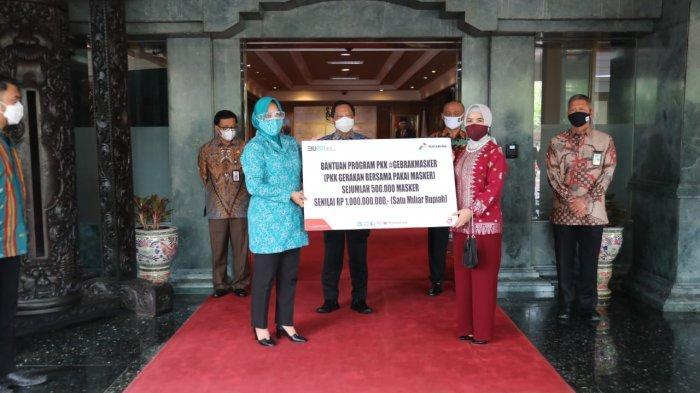 Dukung #GebrakMasker, Pertamina Serahkan 500 Ribu Masker Senilai 1 Miliar