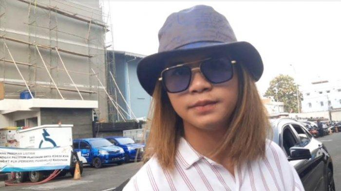 Dul Jaelani ketika ditemui di gedung Trans TV, Jalan Kapten Tendean, Mampang Prapatan, Jakarta Selatan, belum lama ini.