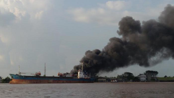 Pabrik Kopi di Pontianak Utara Terbakar