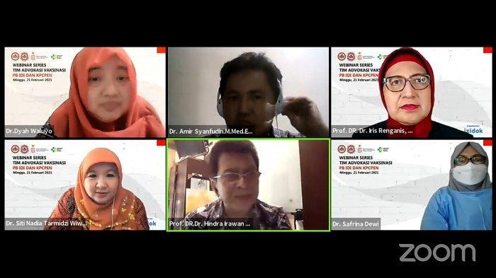 Webinar Series Tim Advokasi Vaksinasi PB IDI bersama KPC PEN, Minggu (21/2/2021).